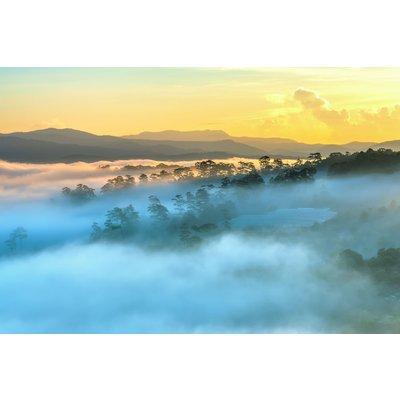 Glassbilde Foggy Landscape - 120x80 cm